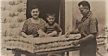 Quando a Bari Vecchia giravano i materassai: Ridavano vita ai letti imbottiti di lana