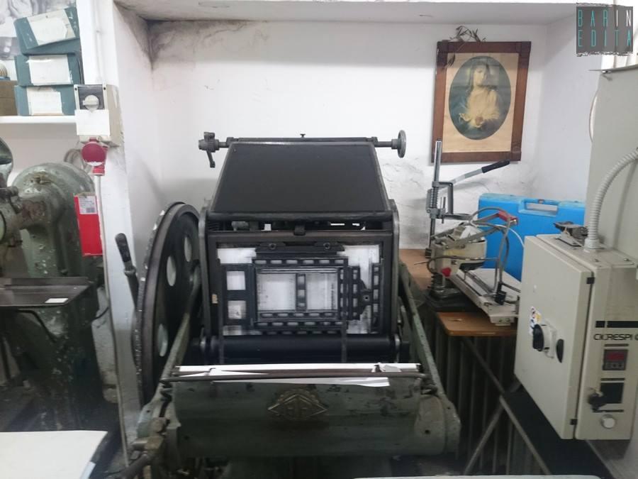 Galleria foto bari la tipografia con i caratteri mobili for Grande arredo mobili bari