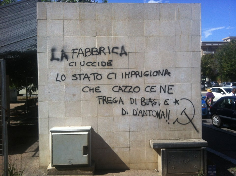spesso Bari, frase che inneggia al terrorismo scritta su un muro della  ZO01