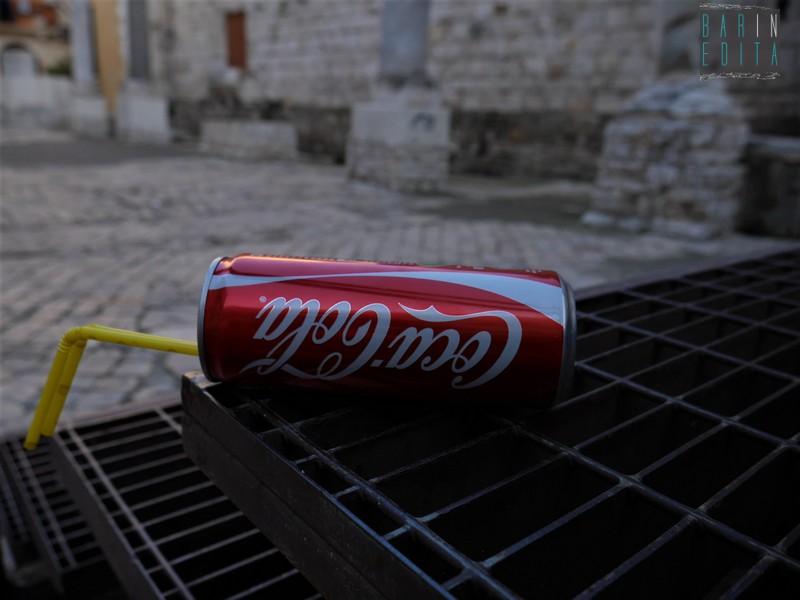 risalente dritto bottiglie Coca Cola