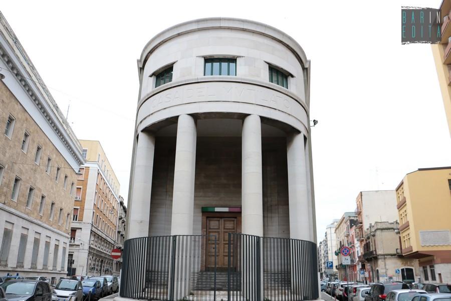 Palazzi fascisti storiche scuole e cappelle nascoste for Architettura fascista