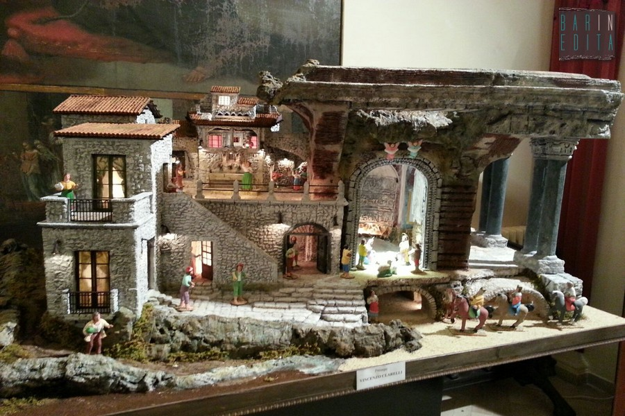 Galleria foto bari tre mostre per i presepi artigianali for Grandi arredi bari