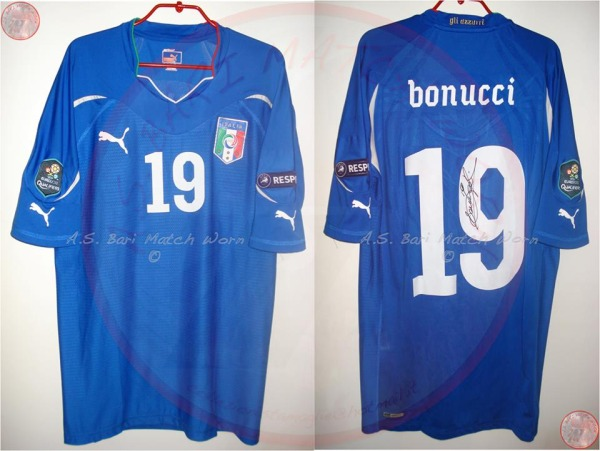 0d832e8a6 Maglie di calcio che passione: le 200 rarità di Fabrizio ...