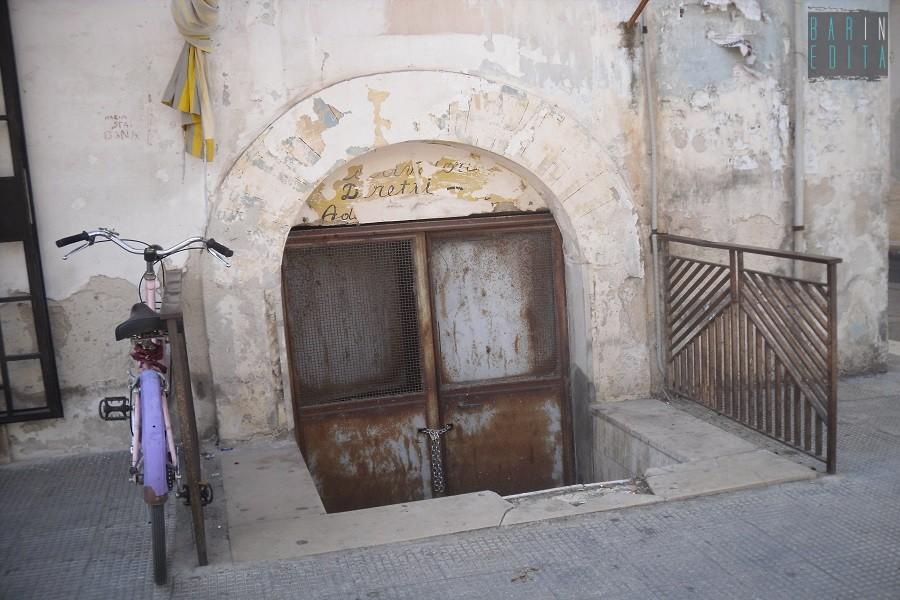 Galleria foto adelfia e il misterioso tunnel sotto la for Sud arredi adelfia