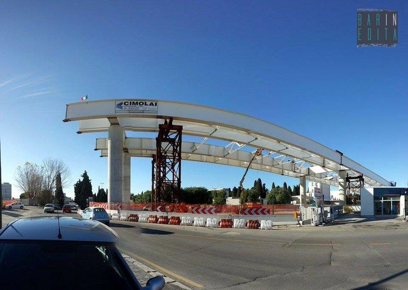 Bari citt divisa in due nord e sud il nuovo ponte unir for Foto di ponti coperti