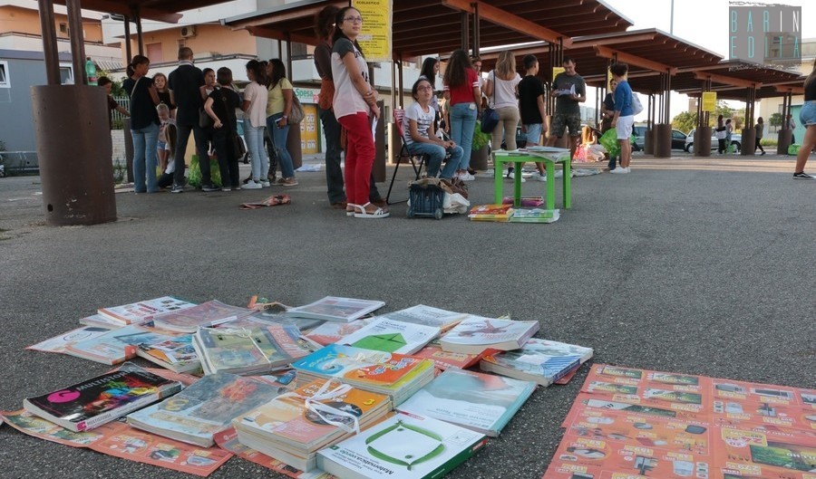 Il mercatino di triggiano dove i ragazzi vendono i libri for Libri scolastici usati on line