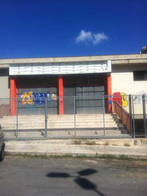 Ex mercato coperto di poggiofranco 2000 metri quadri for Piani di appartamento garage a buon mercato