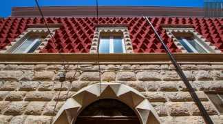 """Corato quell'edificio in bugnato che ricorda Ferrara: e il """"Palazze de re pete pezzute"""""""
